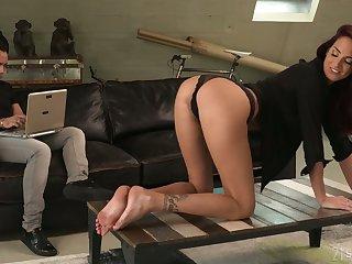 Sex-starved babe Lyen Parker is covetous of senseless anal sex and deepthroat blowjob