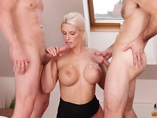 Frying blonde bombshell Blanche Bradburry cum sprayed by two guys