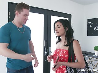 Sextractive hottie Mat Sixx hooks up with hot blooded stepbrother