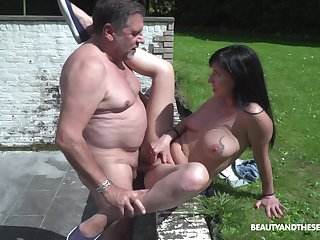 Alfresco lovemaking is unforgettable experience be advantageous to lovely Sher Bush