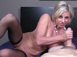 Big dick stroking action by matured slut Payton Hall with saggy tits