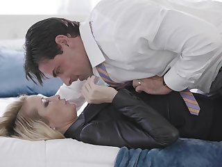 Blonde wife tries a feign of hardcore magic with another man