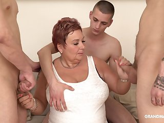 Surrounded off out of one's mind dudes mature fat whore is so into sucking cocks dry