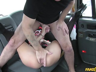 Man roughly fucked horny purchaser on the upon seat
