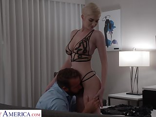 Short haired blondie Skye Blue is making cherish with respect to her new admirer