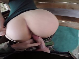 Cute Teen Girl Sucking And Getting Fucked Unconnected with A Horny Orion - Amateur Couple Lily&jack