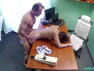 Spanish Patient Gets Creampied
